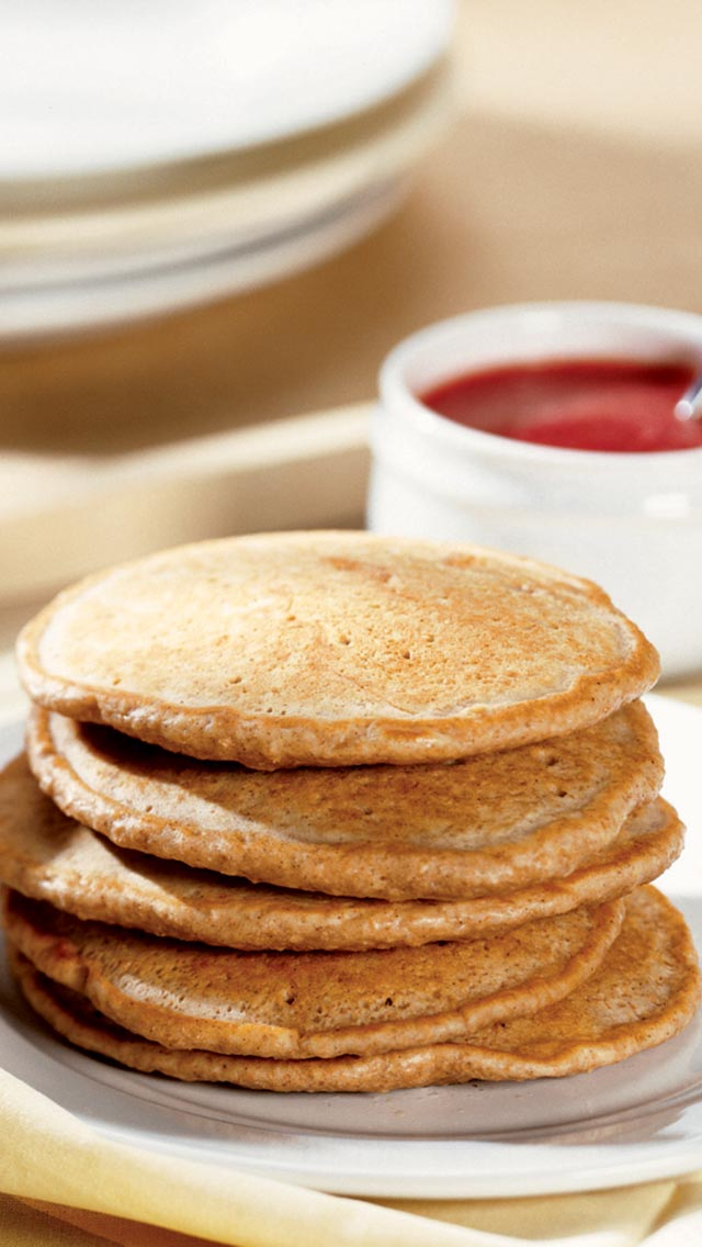 Whole Wheat Pancakes with Strawberry Purée